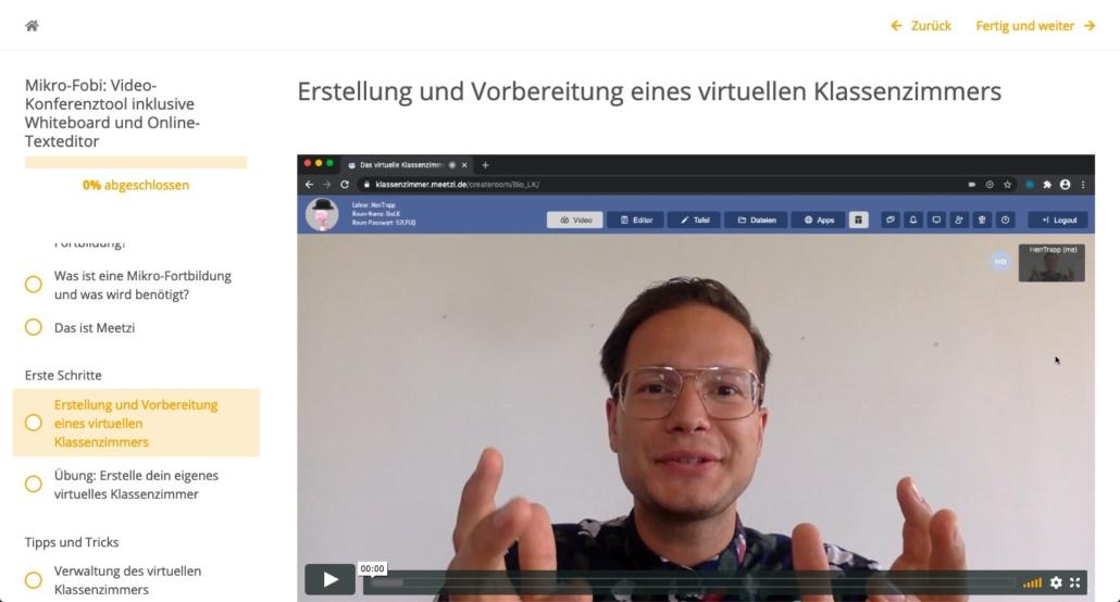 Dozent erkärt das Tool im Video