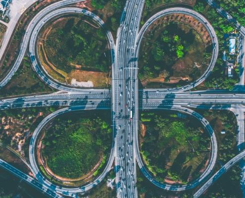 ein Autobahnkreuz